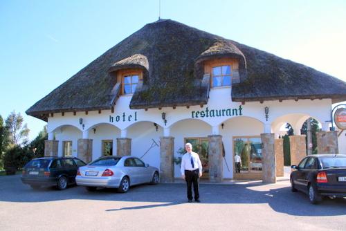 ハンガリーレストラン1