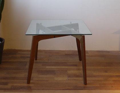 table-glass-sqb-vi2.jpg