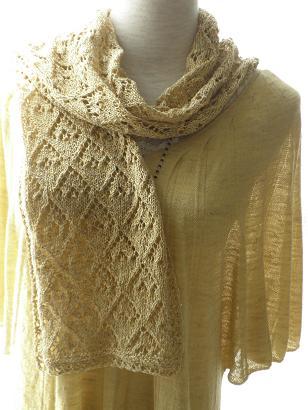 絹つむぎ糸の渋黄ストール1