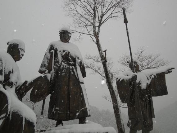 雪に像4_convert_20110212201342