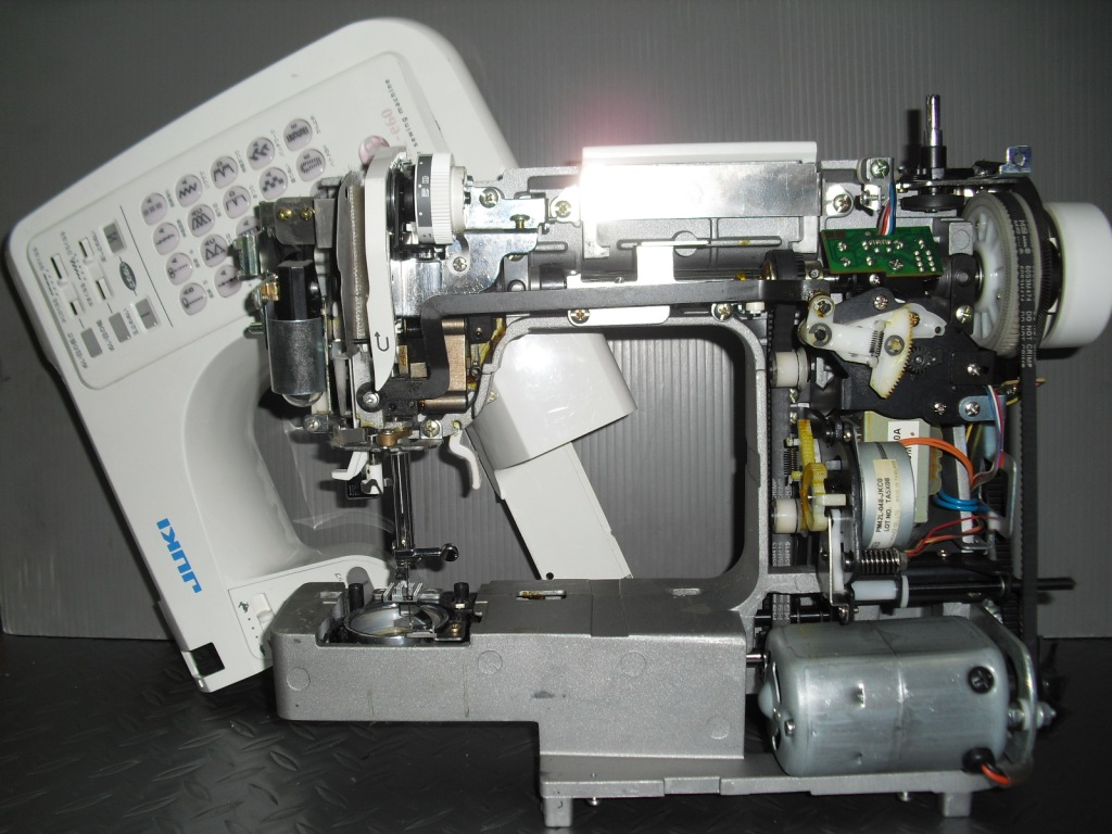 HZL-E60-2_20130203182055.jpg