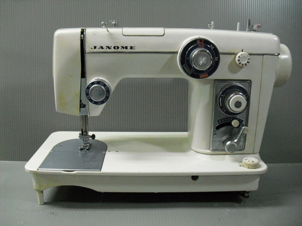 TOPIA801-1.jpg