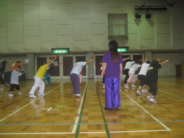 公民館での練習風景
