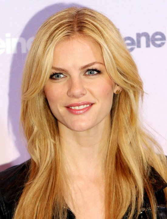 Brooklyn Decker attended 'Just Go With It' Photocall in Berlin