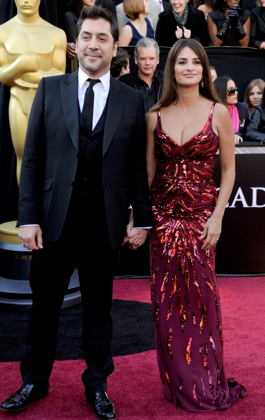 Penelope Cruz Came back on the Red Carpet!!!