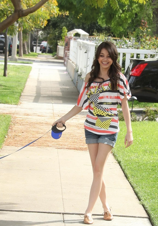 Sarah Hyland  Walking her dog in Los Angeles