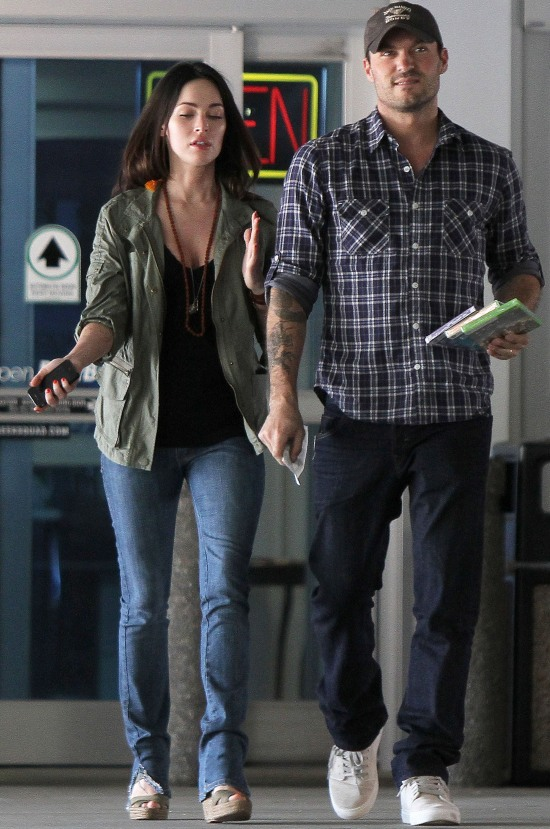 Megan Fox where spotted at Best Buy in Van Nuys