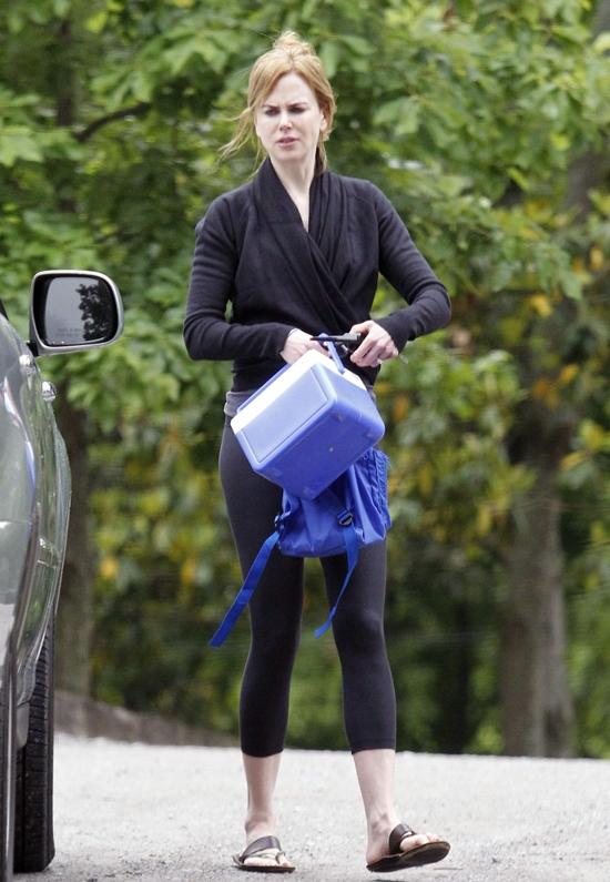 Nicole Kidman picks up Sunday Rose from school in Nashville