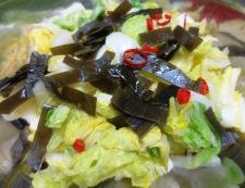 昆布とかつおで白菜のお漬物 調理②