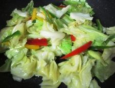 タラとキャベツの塩昆布炒め 調理③