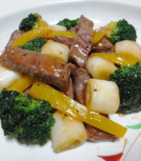 牛肉のタバスコ黒胡椒炒め 拡大