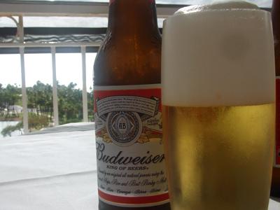 ハワイ旅行でのアルコールマナー