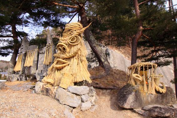 神面装飾道祖神場