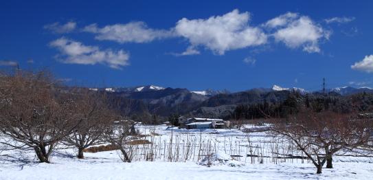 南アルプスと雲の風景
