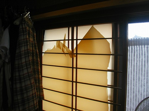 障子戸を紙から樹脂シートに変えてNG→通気遮光シートの変更1