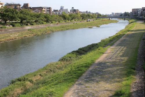 shijoukamogawa1.jpg