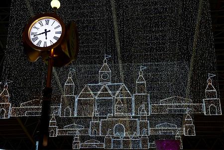 s-「暮の風景」大阪駅時空の広場で