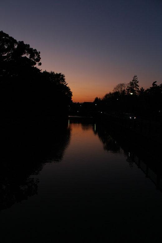 北御門橋から夕景 111027