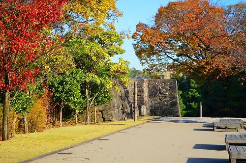 城の秋 005
