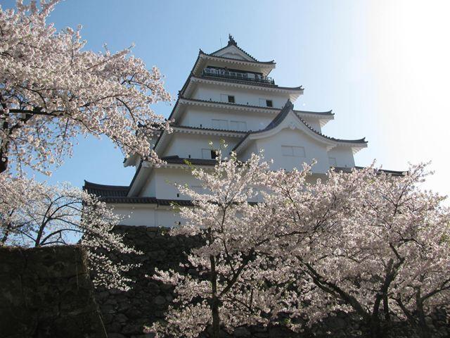 12.4.28-1鶴ヶ城