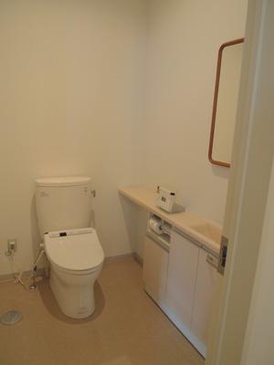 女子トイレ内部