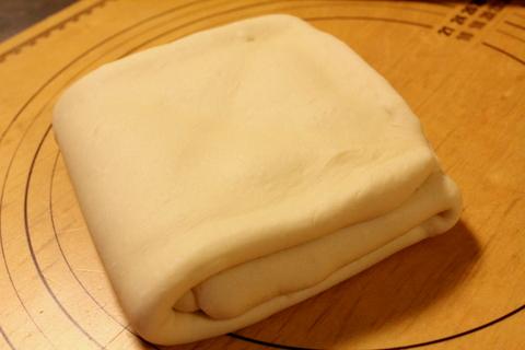 13.12.23デニッシュ食パン_折込2回完了