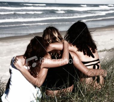 ist2_697582_we_all_need_friendship.jpg