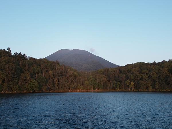 阿寒湖からの雄阿寒岳