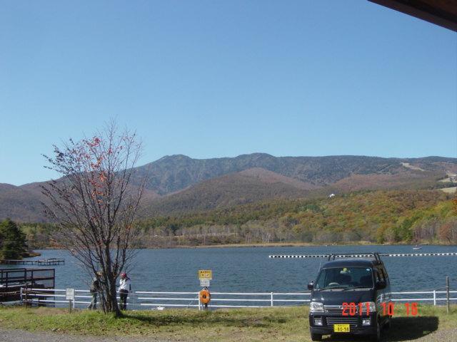 バラギ湖の紅葉