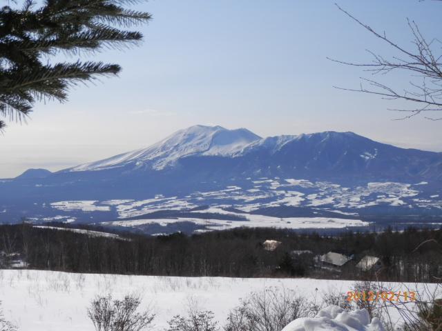 バラギ高原、宿よりの浅間山