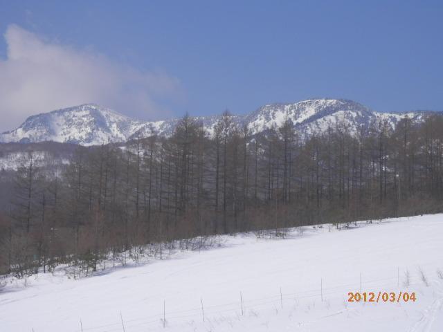 ロマンスコース(バラギゲレンデ)よりの四阿山