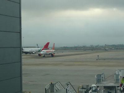 2airplane.jpg