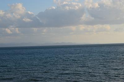 うっすら見える津軽半島
