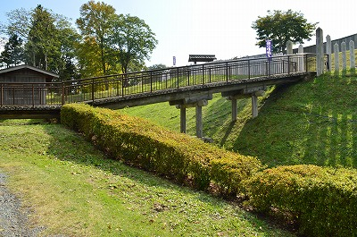 本丸にわたる橋