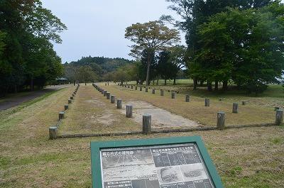 東門近くの堀立柱式建物跡