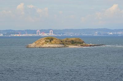 砲台を設置する島