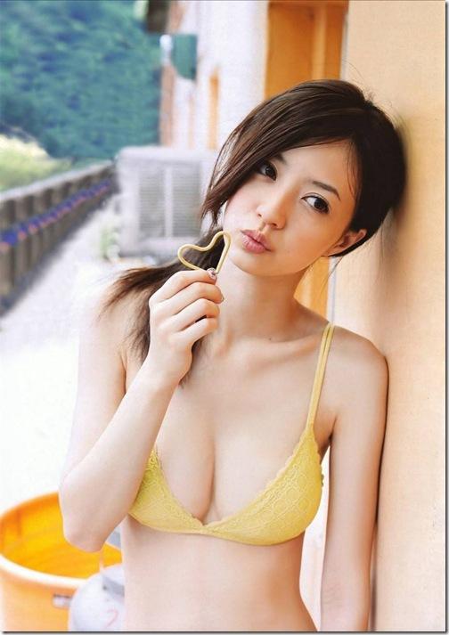blog-imgs-26-origin.fc2.com_i_d_o_idolgazoufree_aizawa_rina09
