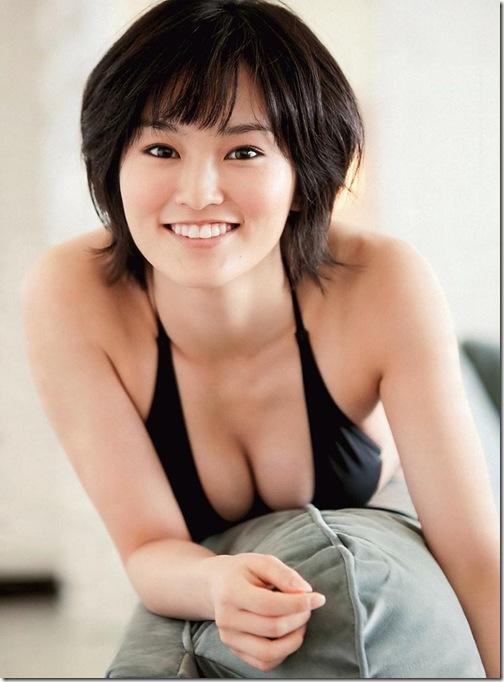 blog-imgs-37-origin.fc2.com_i_d_o_idolgazoufree_yamamoto_sayaka_c04