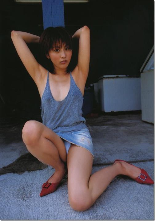 blog-imgs-42-origin.fc2.com_i_d_o_idolgazoufree_kumakiri_asami_a04