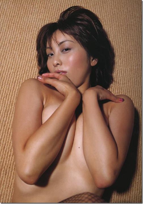 blog-imgs-42-origin.fc2.com_i_d_o_idolgazoufree_kumakiri_asami_a15