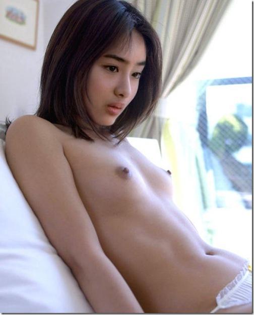 blog-imgs-43-origin.fc2.com_i_d_o_idolgazoufree_ishihara_satomi_18