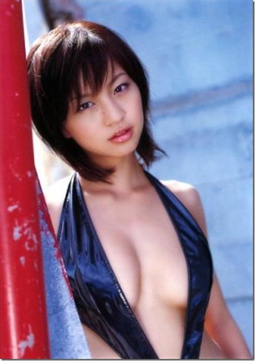 blog-imgs-56-origin.fc2.com_i_d_o_idolgazoufree_yasuda_misako_d00