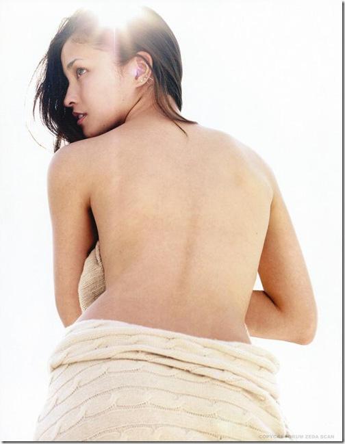 blog-imgs-61-origin.fc2.com_i_d_o_idolgazoufree_kuroki_meisa_a02