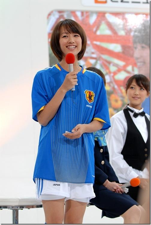 blog-imgs-61-origin.fc2.com_i_d_o_idolgazoufree_maeda_yuki_b01