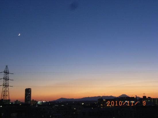 富士と三日月