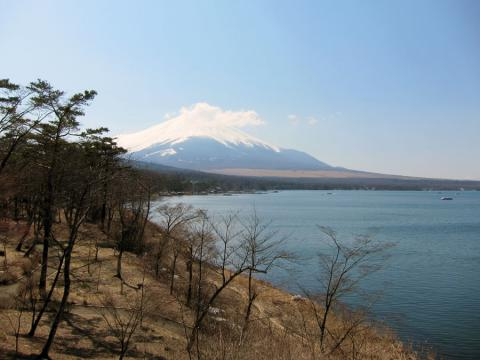 山中湖の富士山2