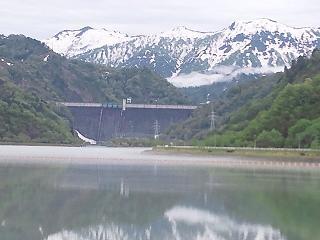 11-05-22-2田子倉ダム