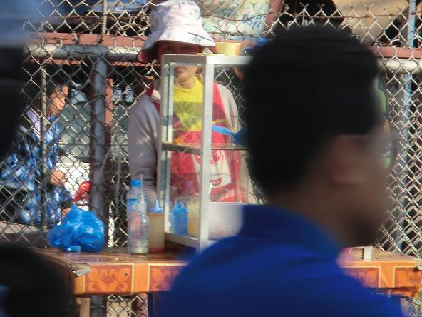 6 12.2.6毎夜寄る店の子・かぼちゃ・前掛け (13)