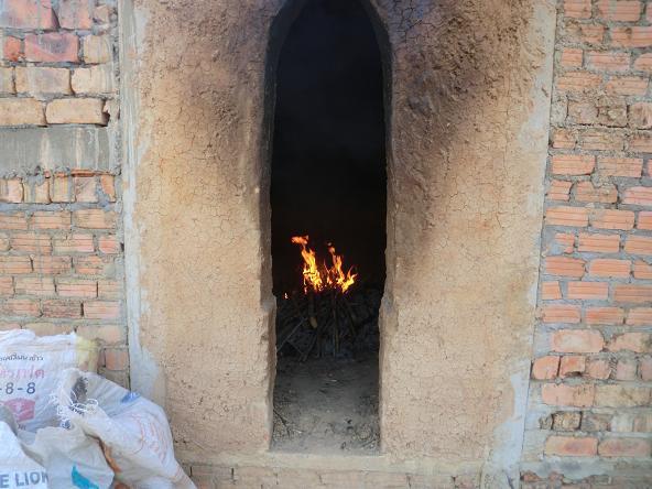 4 12.2.21炭焼窯へ2回目3 (177)