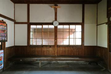 八東駅(5)